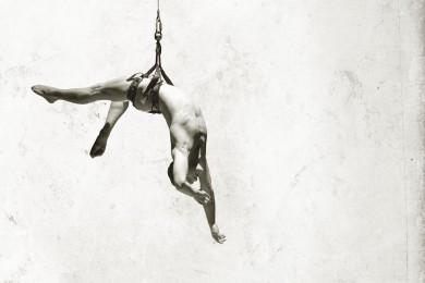 Recirquel Contemporary Circus Company: Non Solus