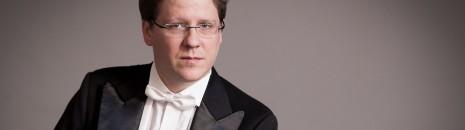 Cser Ádám és a Miskolci Szimfonikus Zenekar