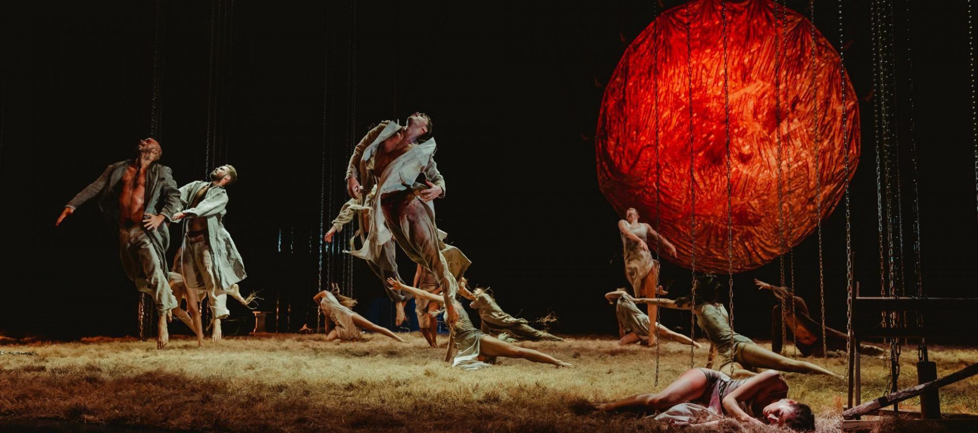 Szeged Contemporary Dance Company: Carmina Burana