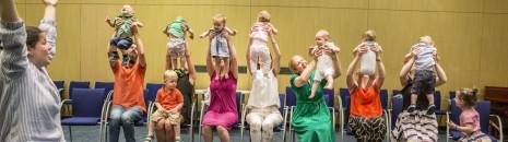 Ringató - zenés foglalkozások kisgyermekeknek