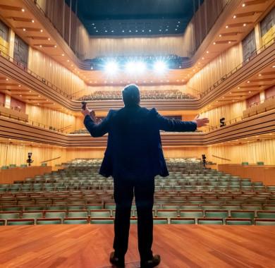 Az elmúlt hét emlékezetes pillanatai. (Fotó: Posztós János, Hirling Bálint, Kotschy Gábor) #MüpaBudapest #Müpa #Bestof #Photography #Budapest #Concerthall  #MaximVengerov #MÁVSzimfonikusZenekar #SzegediSzimfonikusZenekar #Kurtág